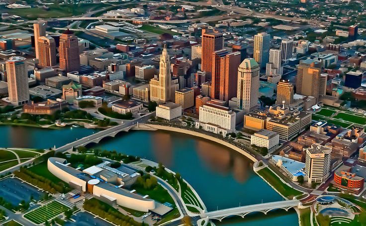 birds eye view vector image of Columbus, Ohio including the water, bridges and buildings